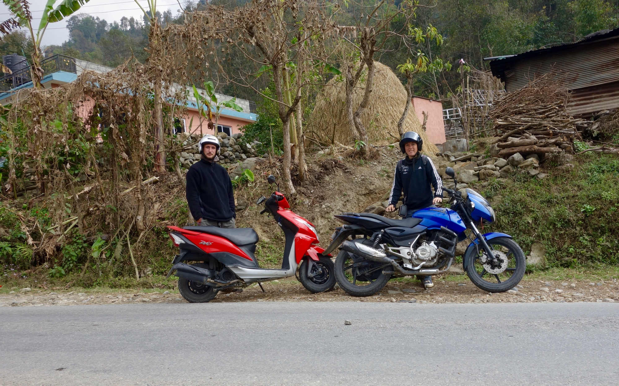 Motorcycle gloves in nepal - On The Road To Kusma